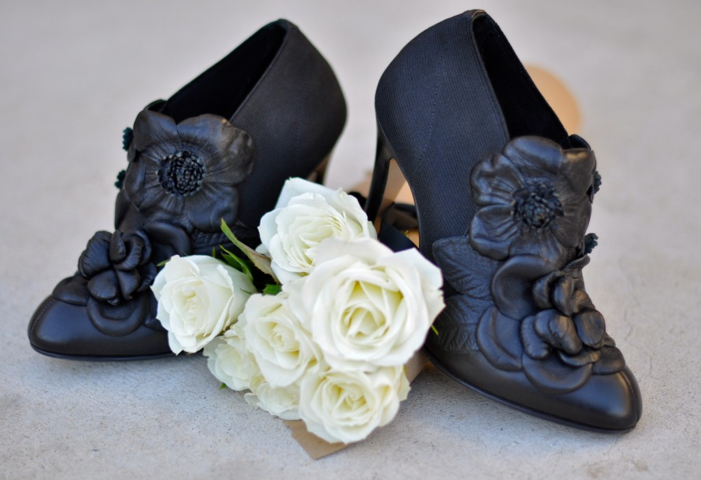 FWF, Footwear Friday, Fashion Blogger, High Heels and Tutus, Valentino Booties, blogiversary, giveaway